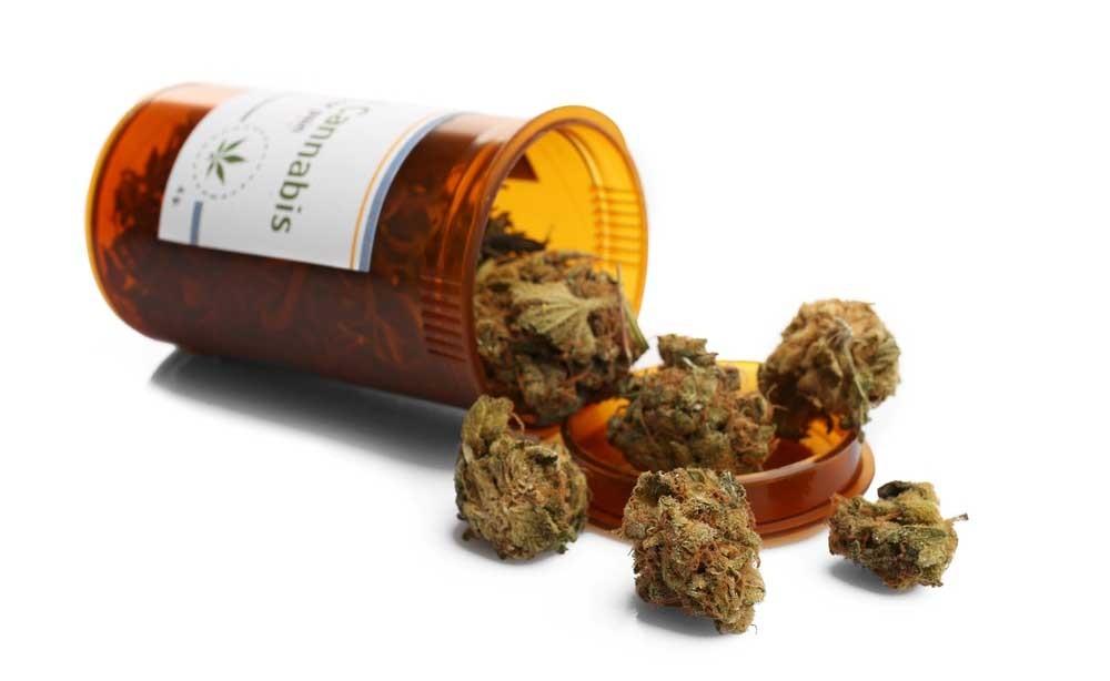 cannabis: aumenta il rischio di ictus e infarto