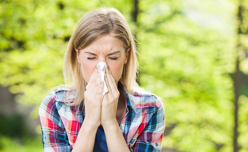 Quando si soffre di allergia ai pollini è bene conoscere il calendario delle fioriture, per prevenire i disturbi allergici.