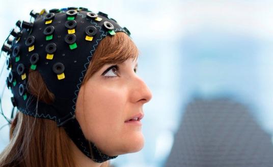 comunicare con il pensiero per combattere la paralisi (nei casi come la SLA)