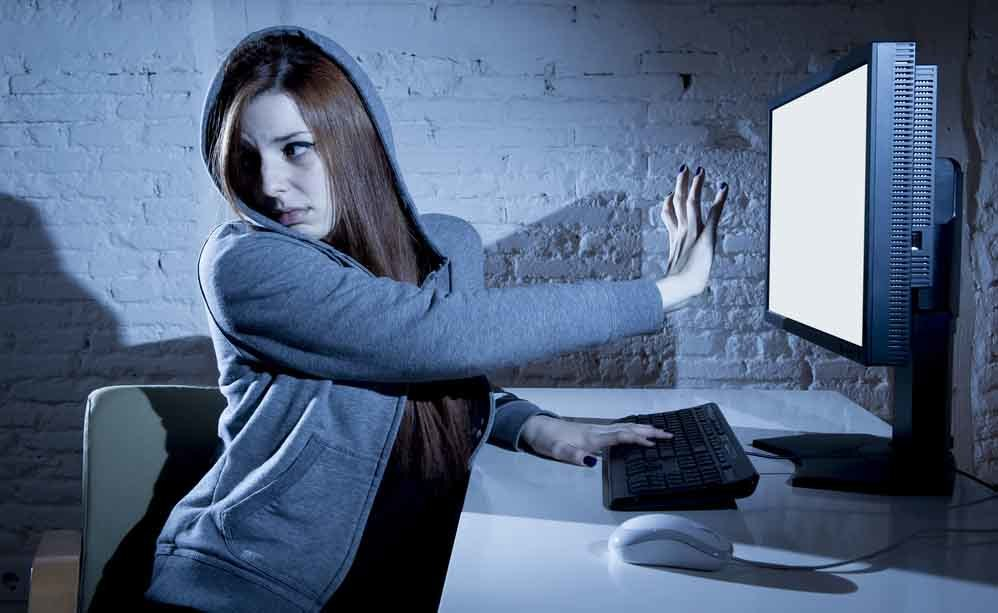 cyber-bullismo: bullismo in rete
