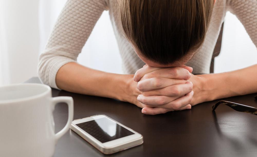 Controllare spesso le email aumenta lo stress