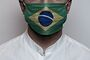 Mascherina Chirurgica Anticovid con la Bandiera del Brasile in Riferimento alla Variante Brasiliana P.1