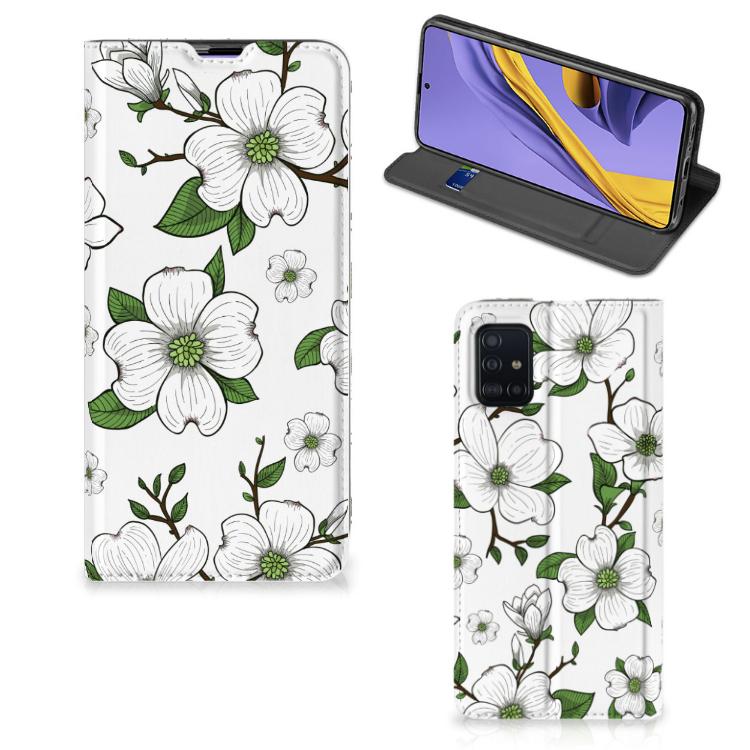 Samsung Galaxy A51 Smart Cover Dogwood Flowers