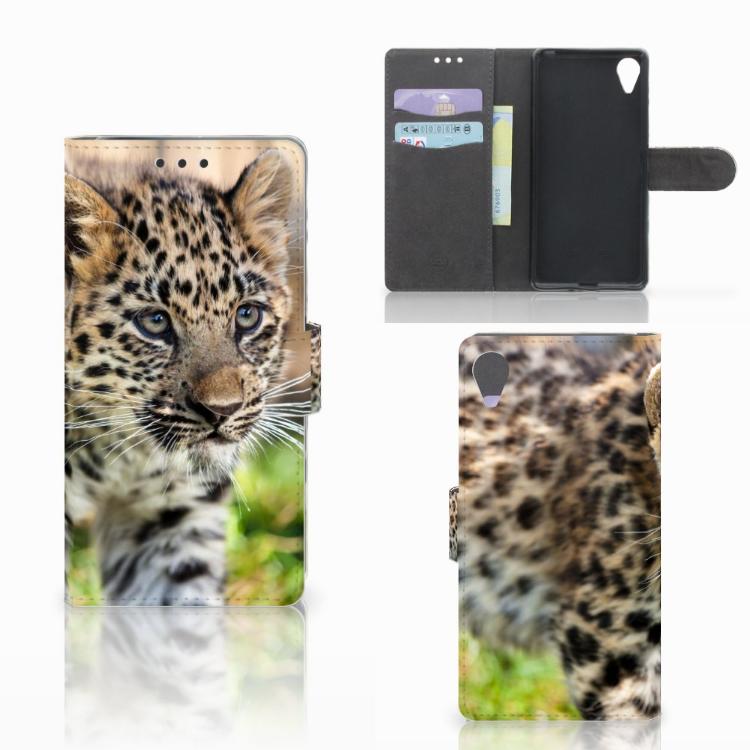 Sony Xperia X Performance Telefoonhoesje met Pasjes Baby Luipaard
