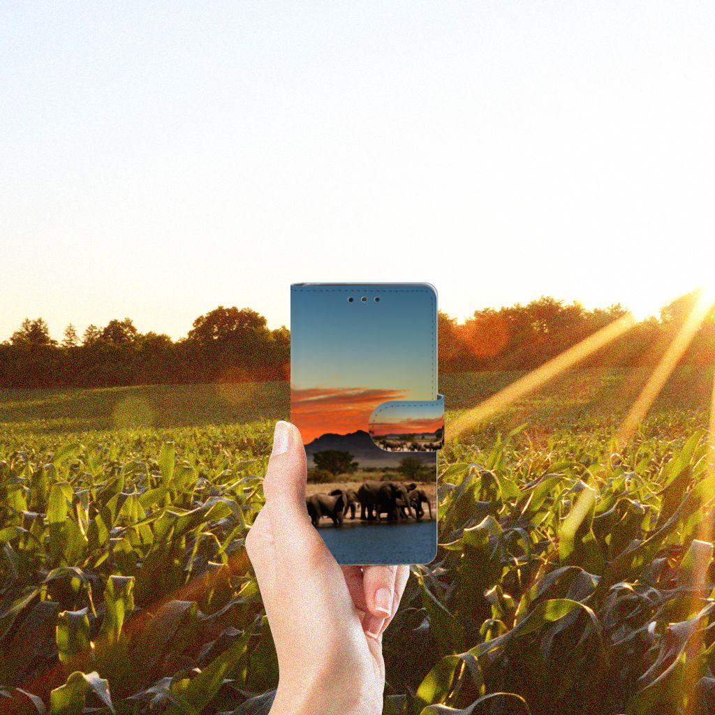 LG Bello 2 Telefoonhoesje met Pasjes Olifanten
