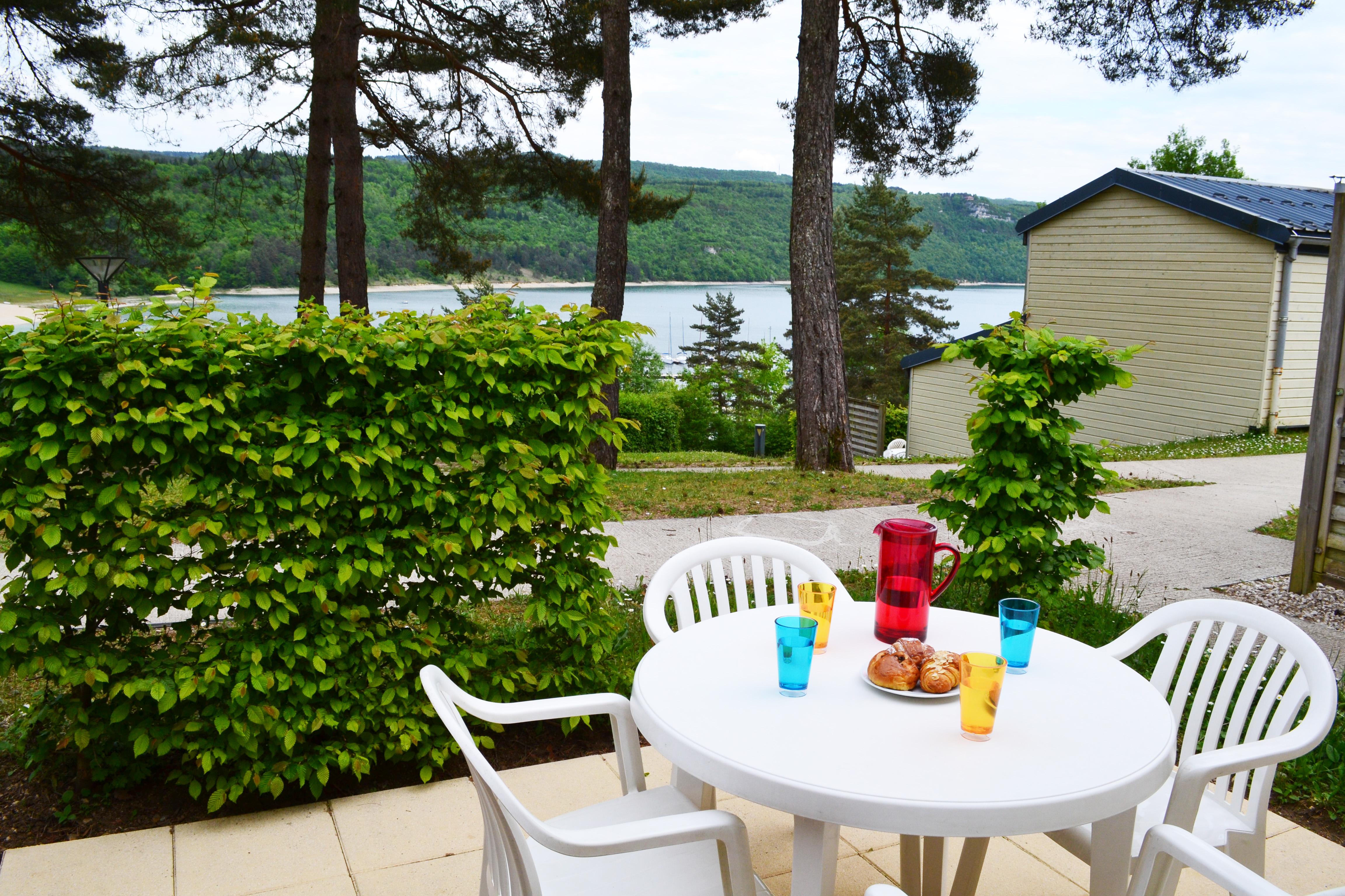 Location jura votre location vacances maisod avec vvf for Village vacances jura avec piscine