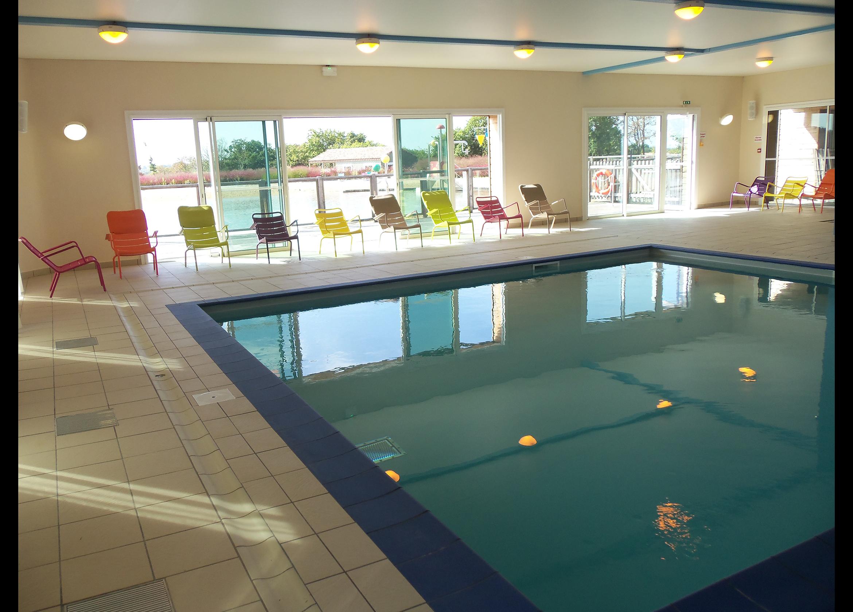 Vacances vend e vos vacances piscine le domaine du pr for Village vacances vendee avec piscine