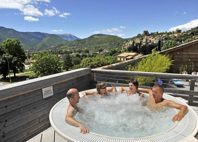 WEB - Fiches villages - Montbrun-les-Bains - PEA