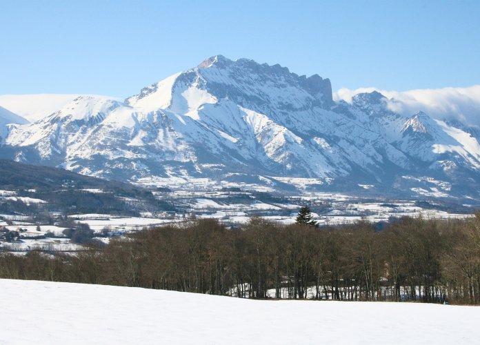 WEB - Fiches villages - Saint Bonnet en Champsaur - HIVER