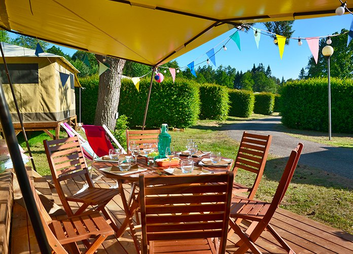 WEB - Fiches villages - Pays d'Eygurande - PEA - Camping