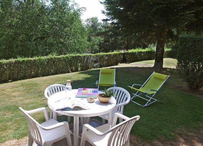 WEB - Fiches villages - Chaudes-Aigues - PEA
