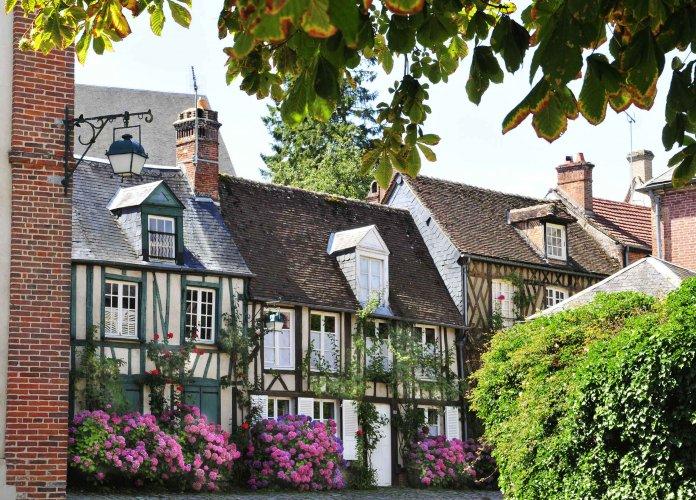 WEB - Fiches villages - Forges les Eaux - PEA
