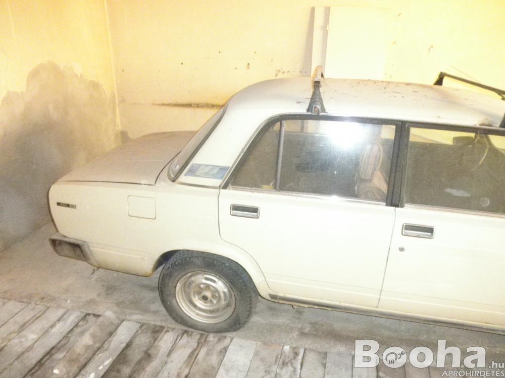 Eladó Veterán autó