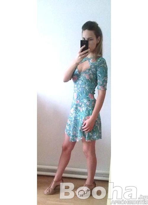 női strandruha boleróval s-es