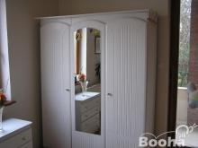 Használt fehér hálószoba bútor