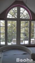 Egyedi Fa bejárati ajtók ablakok méretre gyártása!