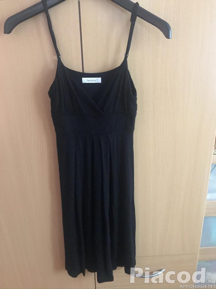Eladó fekete ruha