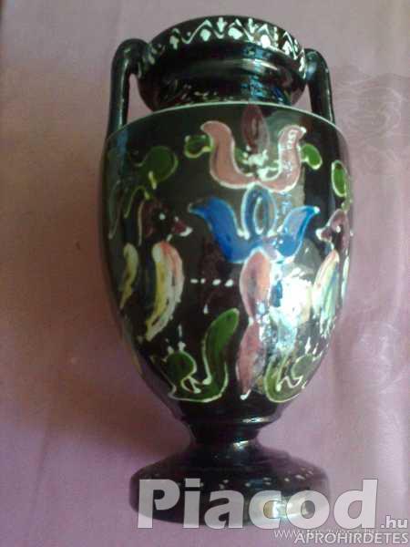 Festett,mázas kétfülű váza