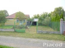 Eladó ház Tésán Pest megyében nagyon csendes Környezetben