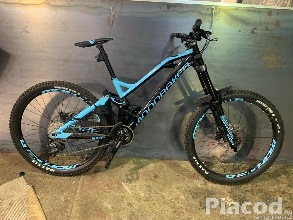 Mondraker Summum Bike - 2019 - M - BlackBlue - Used