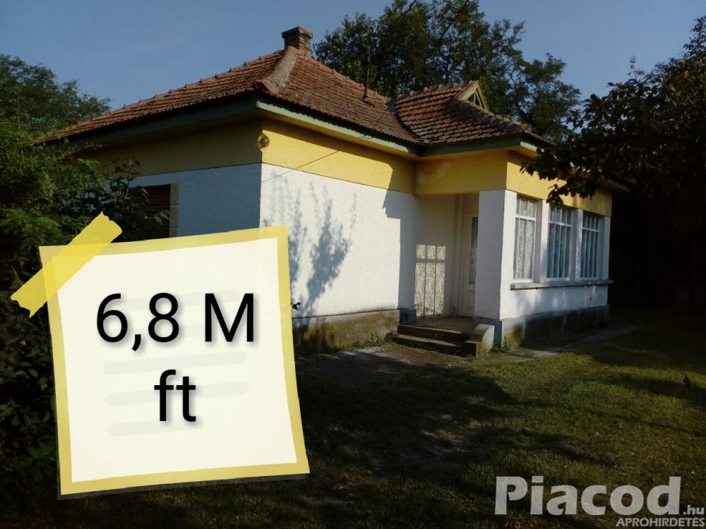 6,8 M ft-èrt Csaladi haz \Tanya