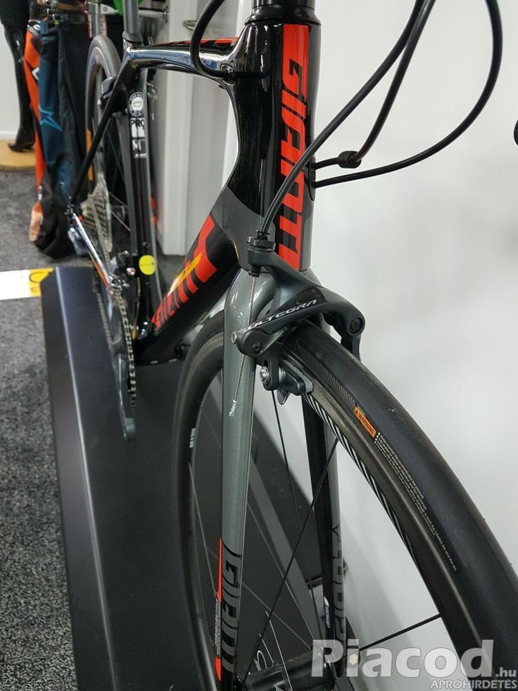 2018 Giant TCR Advanced Pro 1 Carbon
