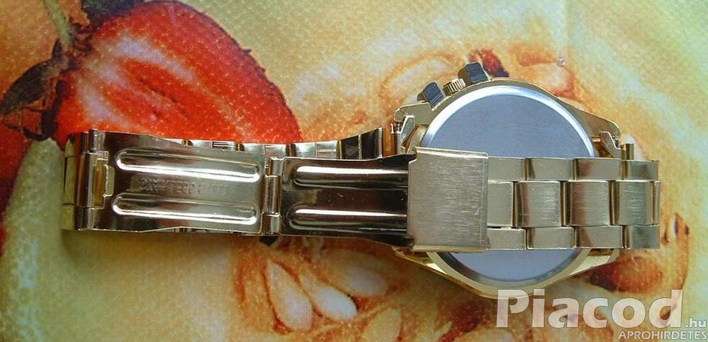 Luxus analóg quartz férfi nagyméretű dátumos sport karóra fém csat fekete számlap - FoxPost 600!