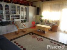 Remek nagy teraszos tégla lakás + garázs eladó Vác - Deákváron.