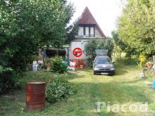 Eladó hétvégi házas panorámás lakóingatlan Nagymaroson.