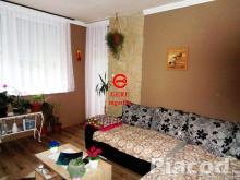 Eladó felújított társasházi  lakás Nagyorosziban.