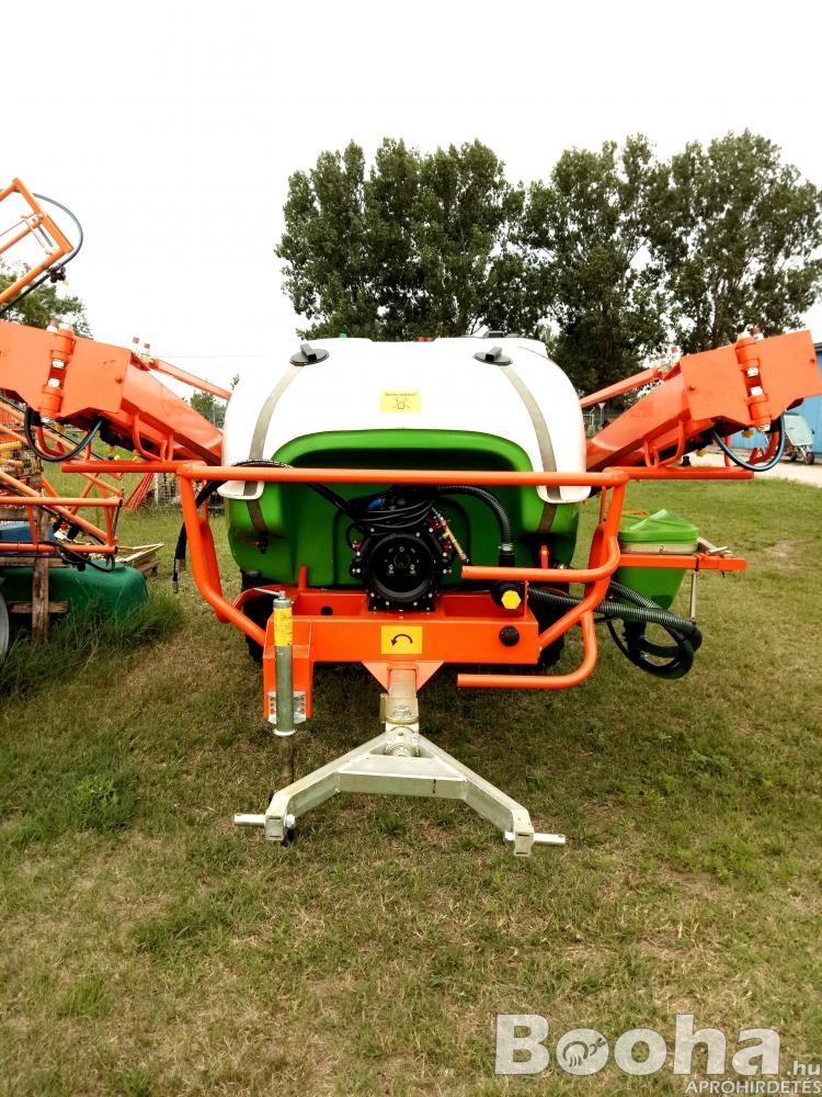 Traktor Vontatott Szántóföldi Permetező, Permetezőgép, Vegyszerező 3000L 24M szórókeret
