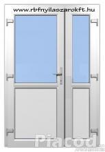 Műanyag bejárati ajtó félig üveg 2 szárnyas kivitel. Raktárról!