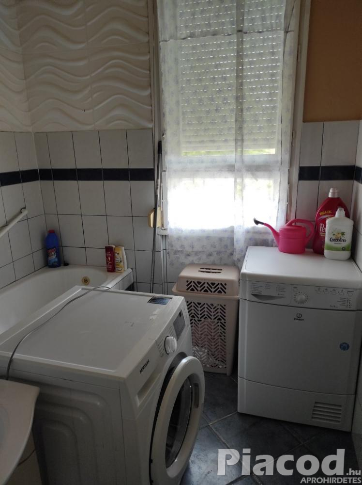 Eladó Hatvanban egy 55 m2-es lakás