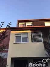 Bonyhádon 2 szintes sorház jellegű lakás a hozzá tartozó udvarral eladó