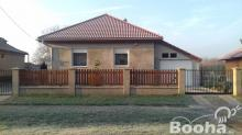 Baracskán eladó ház