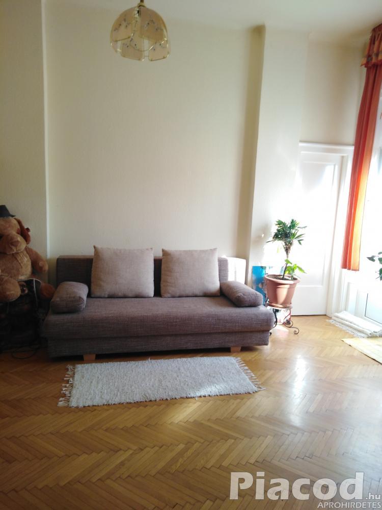 Tulajdonostól eladó Újpest kp.-nál 77 nm polgári tégla lakás