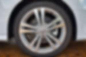 car desktop image 25