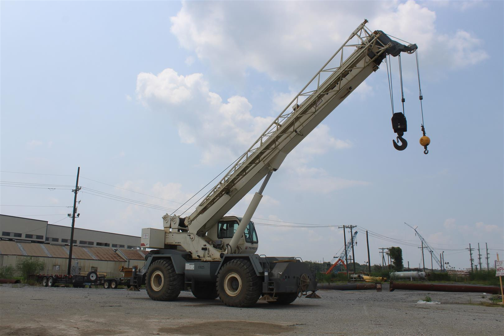terex-rt555-cover-image