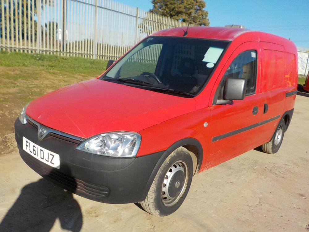 2011-vauxhall-combo79420012826-cover-image