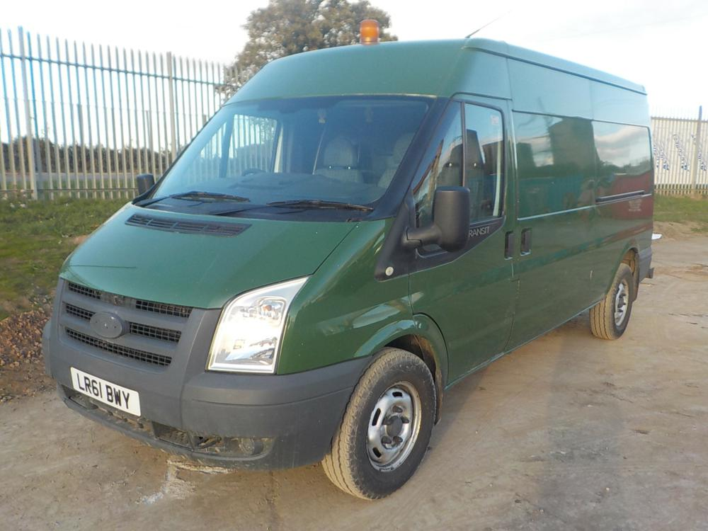 2011-ford-transit-100-t350-cover-image