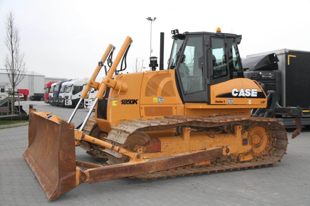 2009-case-crawler-dozer-22-4-t-1850k-lgp-2000-mth649974693-cover-image