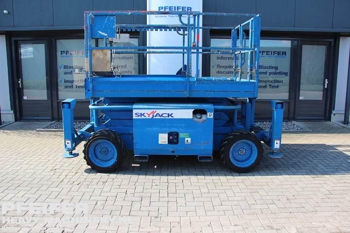 skyjack-sj6826rt-diesel-4x4-drive-9-9m-working-height-r6644301307-cover-image