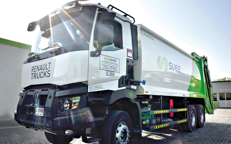 Renault Trucks and SUEZ Middle East Recycling - Driving