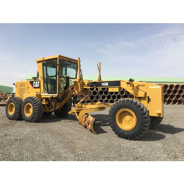2013-caterpillar-motor-grader-140k-cover-image