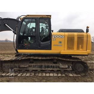 2011-deere-200d-lc-cover-image
