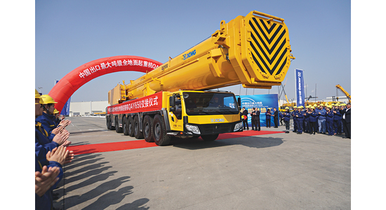 CHINA'S LARGEST EXPORT ALL TERRAIN CRANE QAY650