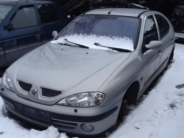RENAULT MEGANE I 2000 for parts, 10BY-5