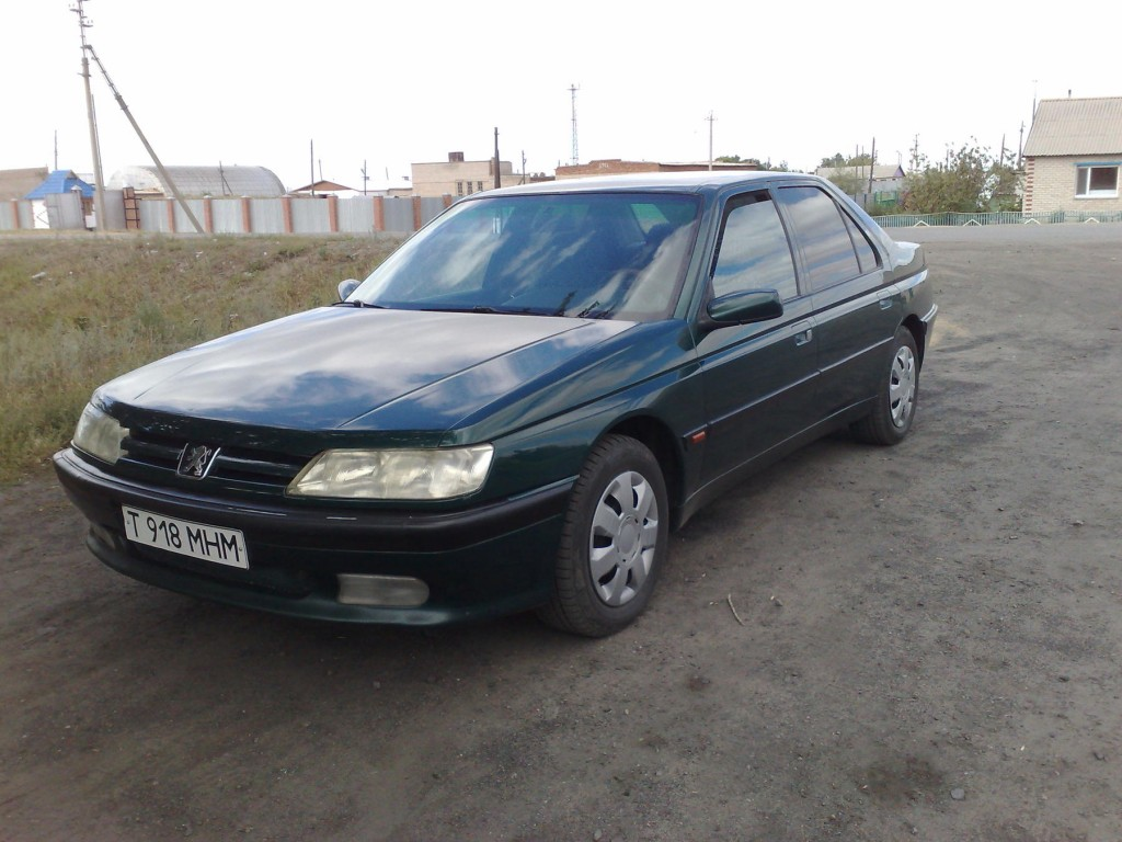 PEUGEOT 605 1995 for parts, 11BY-37
