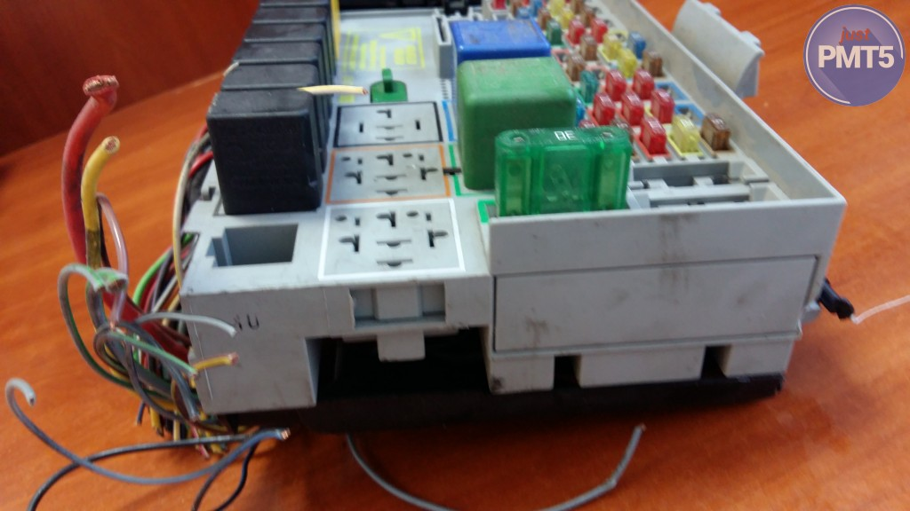 Fuse box OPEL ASTRA G 2000 (24412497), 10BY1-4975 Vauxhall Zafira Fuse Box For Sale on