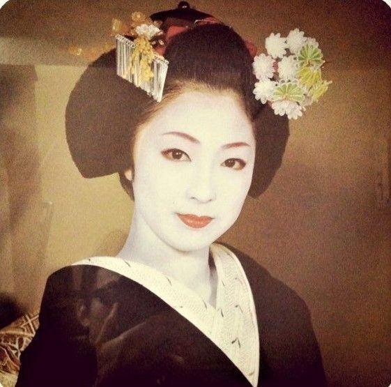 © Wikimedia Commons: Mineko Iwasaki, Japans berühmteste Geisha